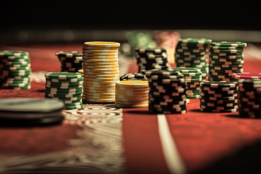 Table et tapis de poker: le guide